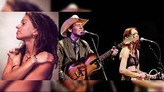 Ani DiFranco, Gillian Welch & Greg Brown - Do Re Mi  (Live)
