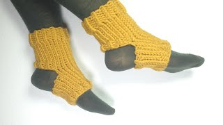 How To Loom Knit Yoga Socks (DIY Tutorial)