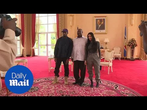 17e1f254756 Google News - Kanye West meets with Uganda s president - Overview