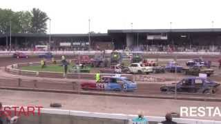 preview picture of video 'BANGERS 2 LITRE RWD HEAT 1 MILDENHALL 27TH JULY 2013'