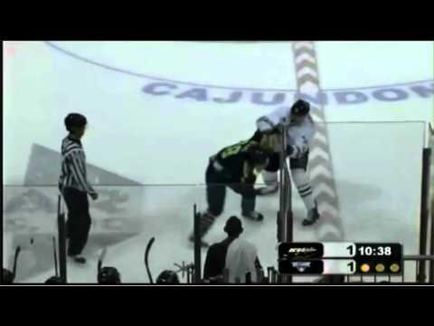 Travis Armstrong vs. David Segal
