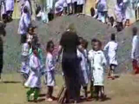 Preview video Denden inizio lavori, gemellaggio con L´Arco Balena, La Gita In Treno 2009 - Parte 12