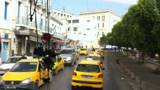 preview picture of video 'Tunisia   Drive thru Downtown Tunis'
