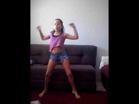 "Dançando ""Fuleragem"" 💃💁"