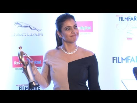 Kajol's smoking Hot look @ Filmfare Glamorous Awards 2016