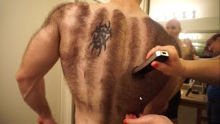 Hairiest man shaves his entire chest and back for bodybuilding!