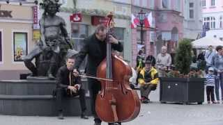 Download Youtube: Edvard Grieg, Flash Mob,