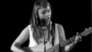 Angel Olsen - Lights Out || live @ Paradox / Incubate || 10-09-2012