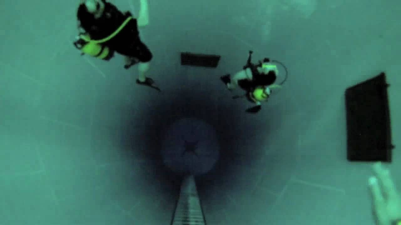 Diving Is Totally Allowed In The World's Deepest Swimming Pool