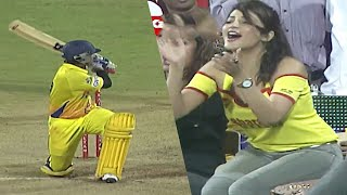 Actress Enjoying Back To Back Boundaries By Vishnu Vishal and Vibrant Of Chennai Vs Kolkatta