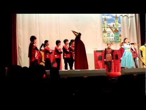 オズの魔法使い(wizard of Oz) meito elementery school/ 名東小学校 style part 2
