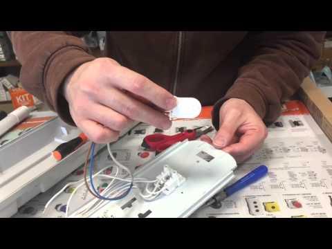 Come sostituire un vecchio neon con uno nuovo a Led? Pillola N.29 di Materiale elettrico