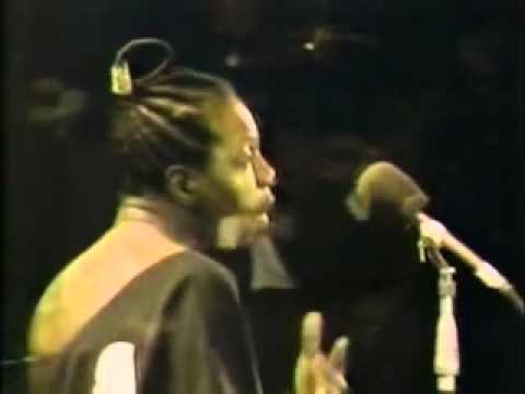 , title : 'Nina Simone: Glad To Be Unhappy'