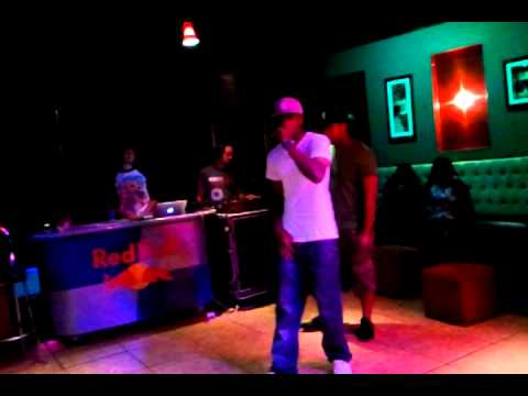 "TADA -""freestyle"" performing at VONDAYS /8-8-11"