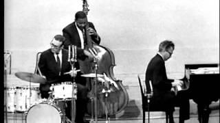 "Video thumbnail of ""Dave Brubeck Quartet - Unisphere"""