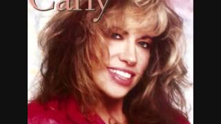 """Video thumbnail of """"Carly Simon - The Stuff That Dreams Are Made Of"""""""