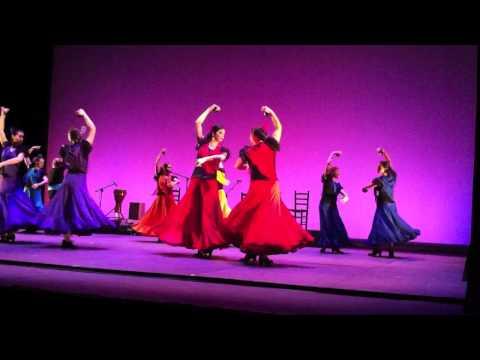 Sevillanas dansen met..