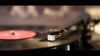 Queen - I Want to Break Free (1984) vinyl - The Works (album)
