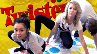 WE PLAY TWISTER (Squad Vlogs)