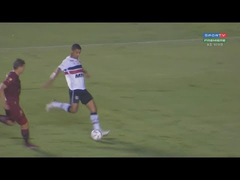 Gol | RICARDO BUENO | 07.11.2017 - Brasileiro Série B | Vila Nova 1 x 1 Santa Cruz