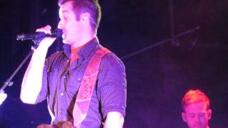 Easton Corbin-About To Get Real (billy bob's oct 10,2015)