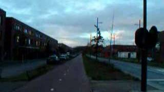 preview picture of video 'Meerhoven Guided Bus Way by bike'