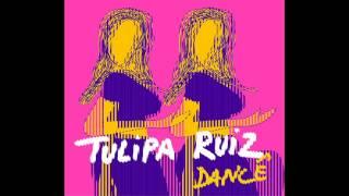 Prumo (Tulipa RuizGustavo Ruiz)