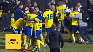 Hashtag United through on penalties   FA Cup highlights