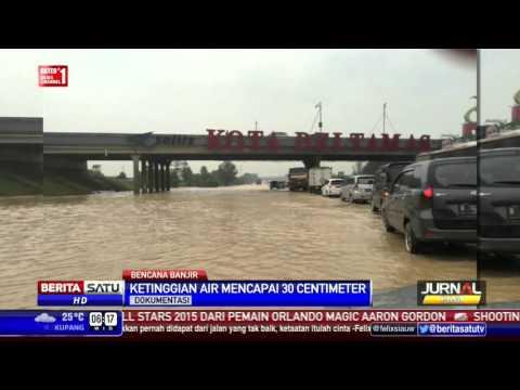 Banjir di Tol Jakarta-Cikunir Sedalam 30 Centimeter