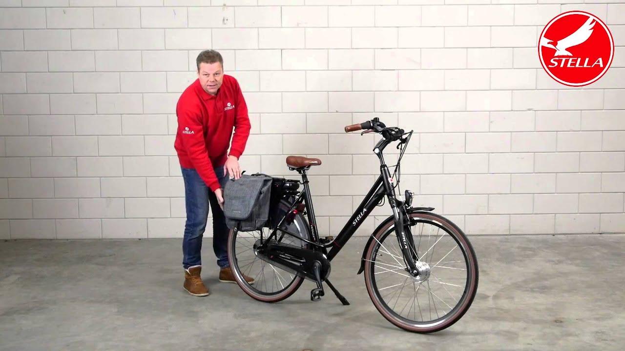 Fietstas monteren elektrische fiets