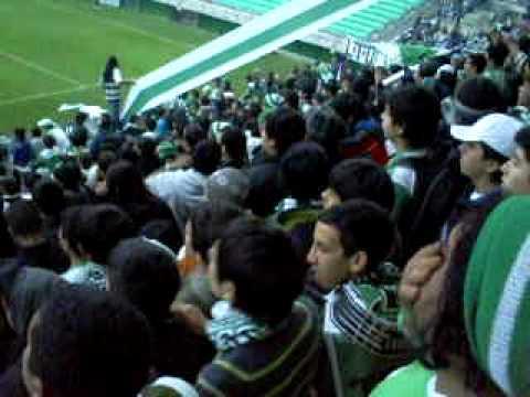 """""""yo no se sin pocos."""" Barra: Los Devotos • Club: Deportes Temuco"""