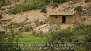 preview picture of video 'Energética Helps Run Micro-Hydroelectric Center in Epizana, Bolivia'