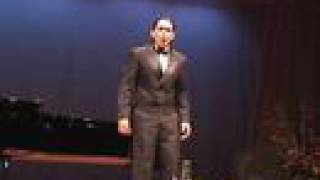 Jonathan Badon sings DUGONG PILIPINO