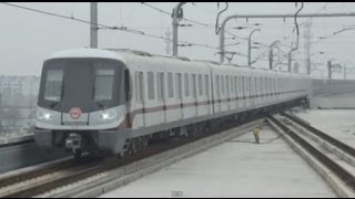 preview picture of video '[Shanghai Metro011]Line11 AC16 Train 上海地下鉄11号線AC16'
