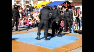 034TV   Pokazna Vježba Interventne Jedinice Policije Na Trgu Sv. Trojstva