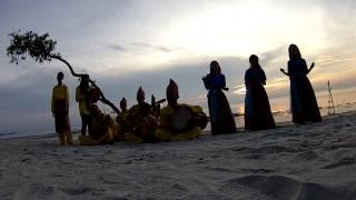 preview picture of video 'Senandung Laskar Pelangi di Tanjung Pendam'