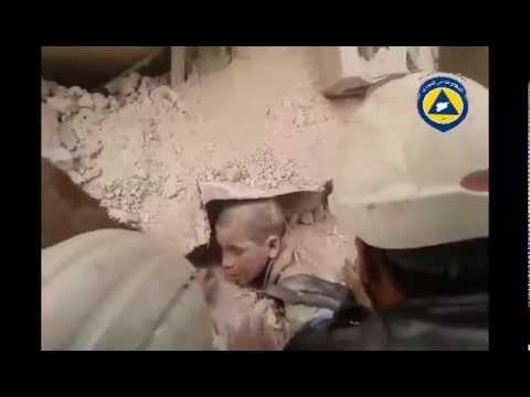 جهود الدفاع المدني لإنقاذ حياة طفلين في حلب