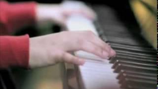 Gambar cover Omelette Band   Cuma Kamu Video Clip mpeg1video