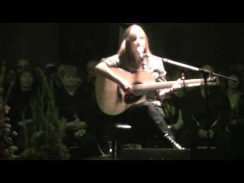 "Maureen Ennis performs ""Fort Amherst"""