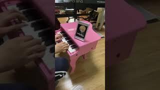 장난감피아노로 베토벤바이러스