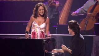 ETERNO ES ESTE AMOR (CD) Lucero & Yanni.wmv