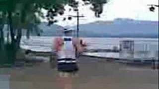 visit to lumut (MV)