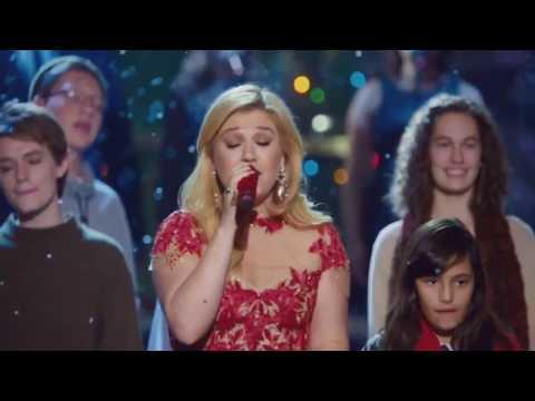 Kelly Clarkson - Underneath The Tree (Cautionary Christmas Music Tale)