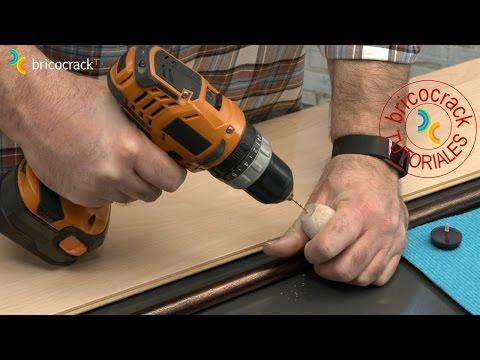 Evitar errores al proteger patas de muebles (Bricocrack)
