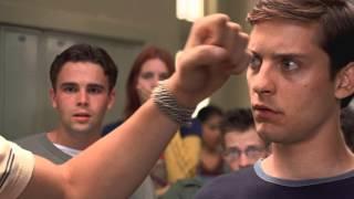 Человек-Паук (2002) - Школьная драка [1080p]