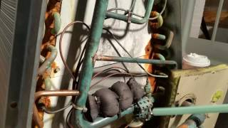HVAC TXV hack job DEL-AIR Kissimmee Fl questionable service practices.