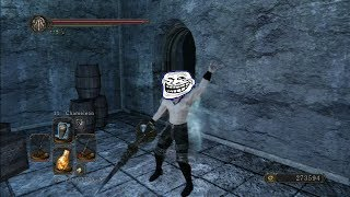 preview picture of video 'Dark Souls II - Trolling the Bell Keepers Covenant with Chameleon (Belfry Luna)'