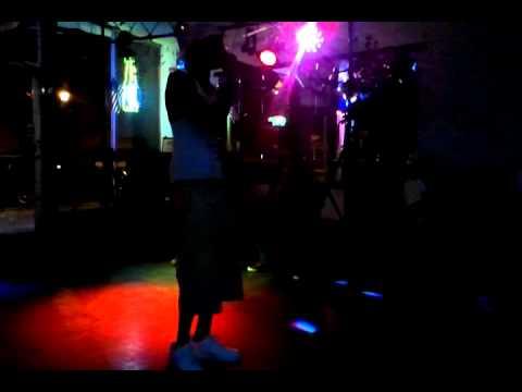 video-2011-04-13-23-36-25.mp4