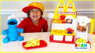 Ryan Pretend Play With McDonalds Toys And Cook Toys Food!