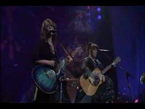 Heart - Mona Lisas & Mad Hatters (live in Seattle, 2002)